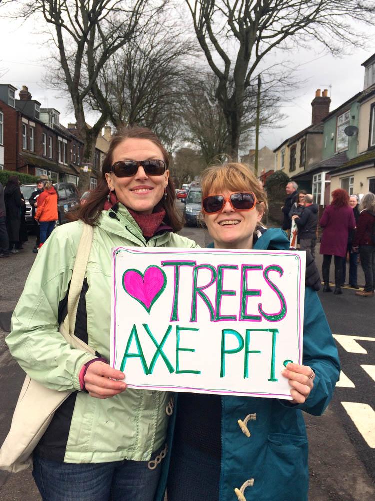 """Love Trees, Axe PFI"